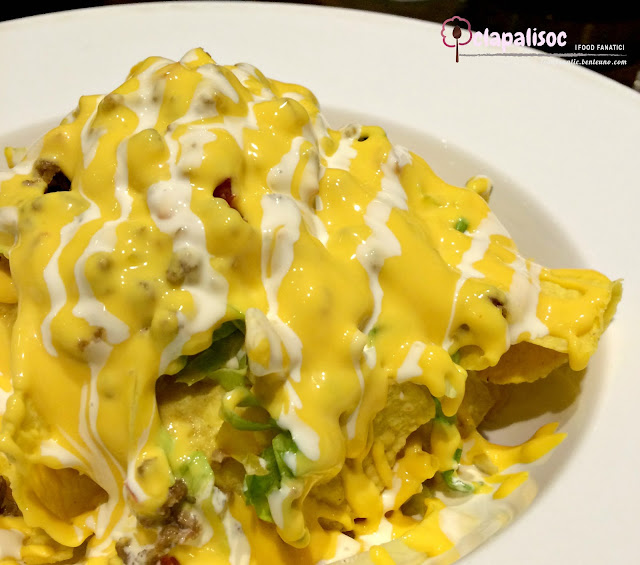 Cheesy Beef Nachos from Caffe La Tea