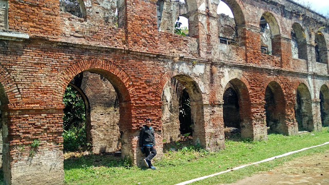 background Benteng Fort Willem II Ambarawa Semarang