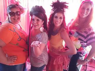 Banda Falsas Amélias realiza show no Américas Shopping