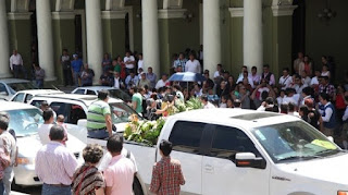 Piden justicia tras asesinato de hijo del dueño de Pollos Campirano Xalapa