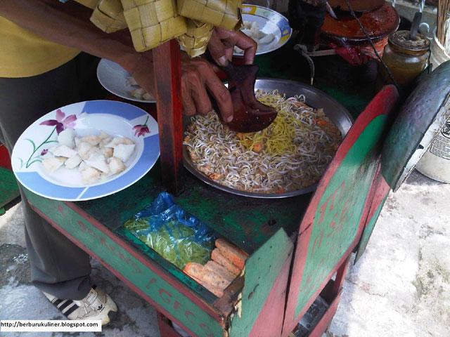 Toge Goreng di Pasar Anyar
