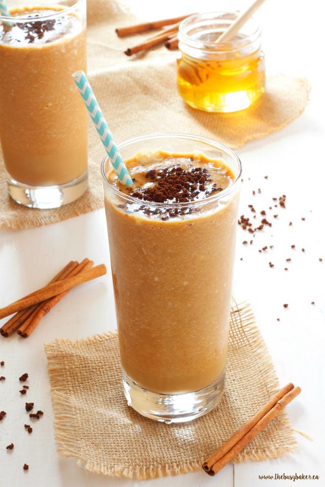 Healthy Pumpkin Spice Frappuccino www.thebusybaker.ca