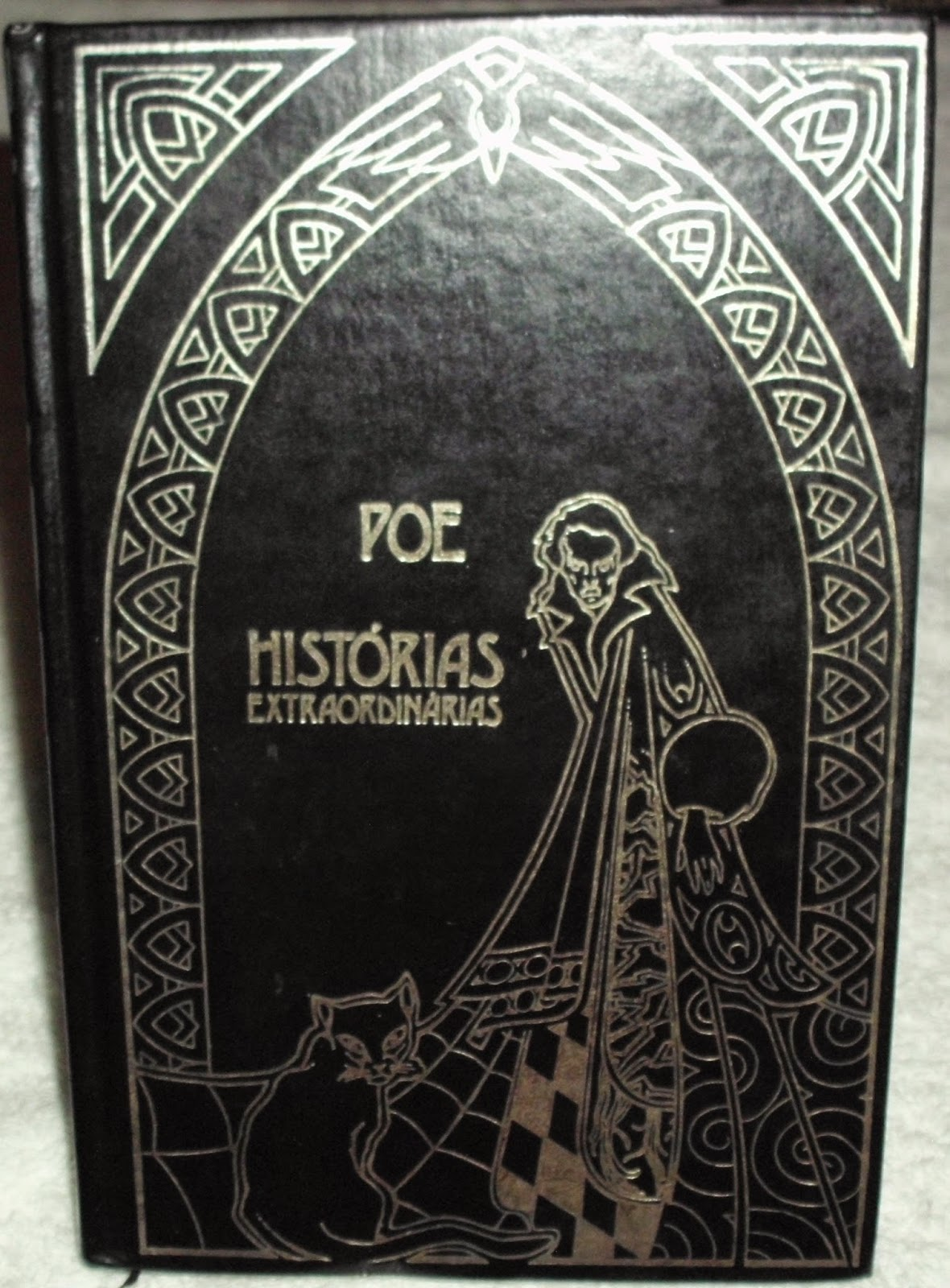 As Melhores Edies de Histrias Extraordinrias por Edgar Allan Poe  De Frente com os Livros