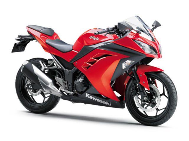5 Warna Motor Kawasaki Terlaris Banyak Peminat