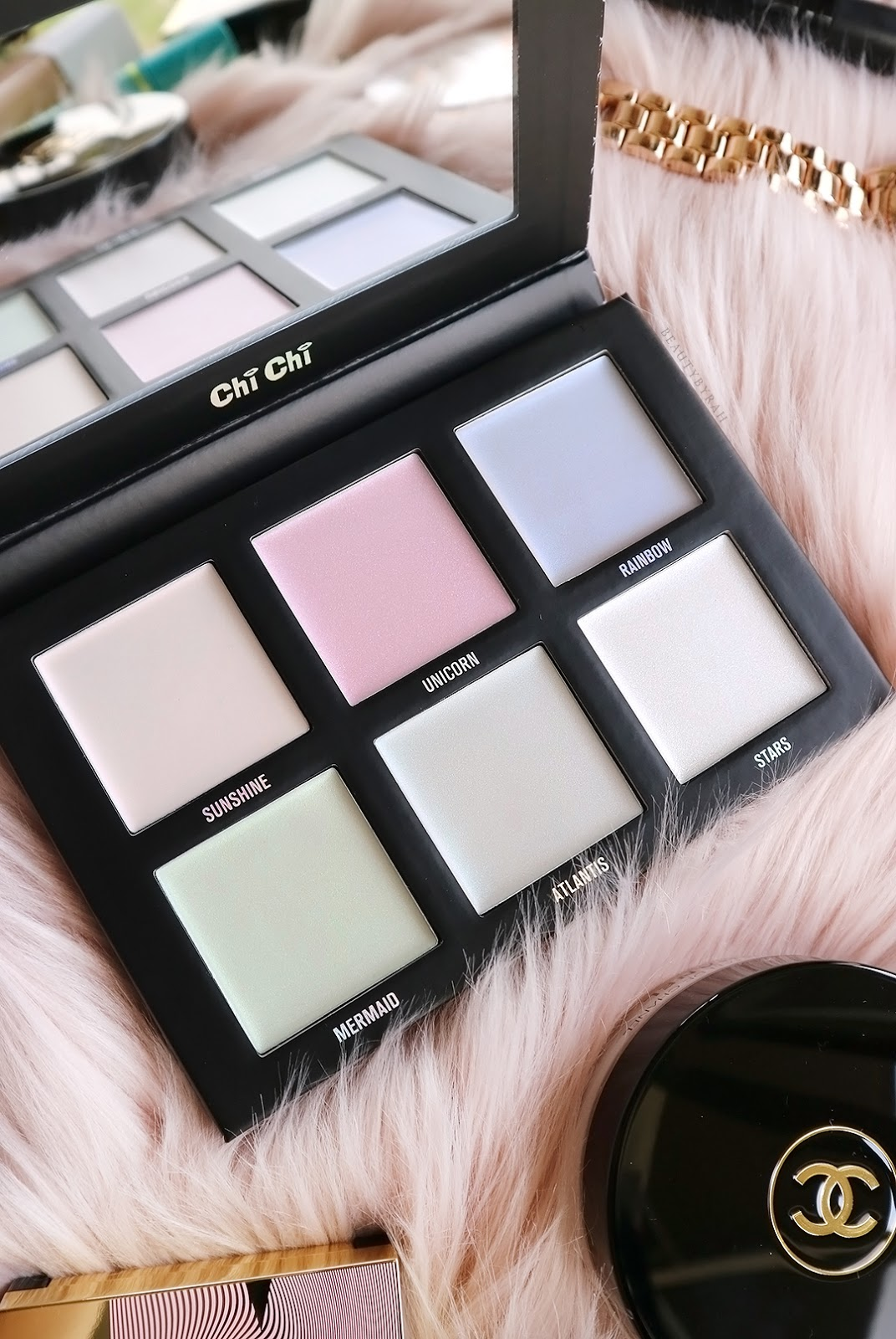 Chi Chi Opalescent Glow Unicorns & Mermaids Cream Highlighter Palette Review and Swatches