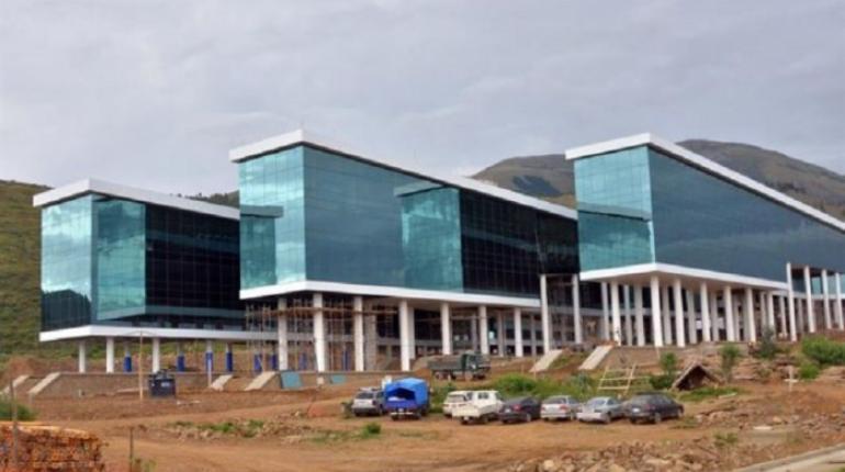 Sede del Parlamento de UNASUR se estrenó con goteras esta semana / PÁGINA SIETE