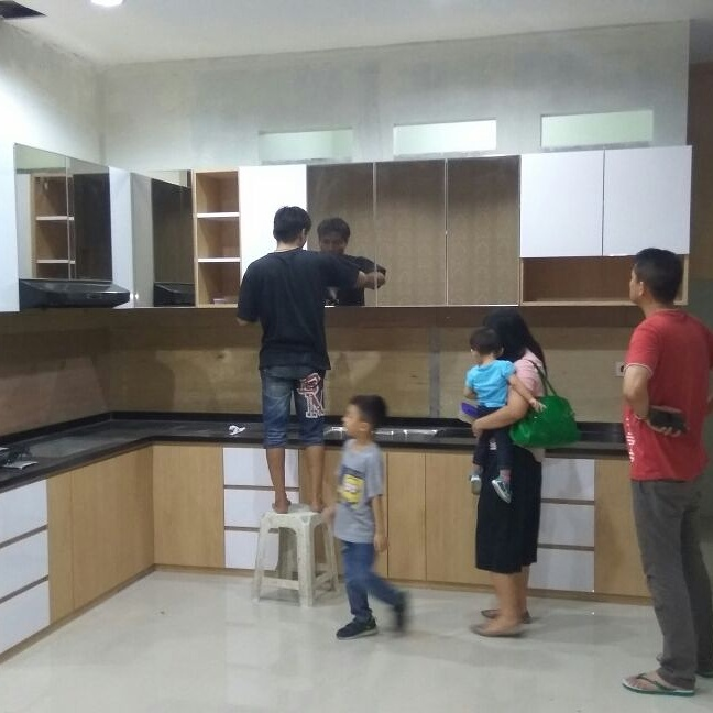 Kitchen set murah pabrik kitchen set minimalis maret 2017 for Kitchen set jakarta