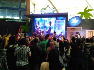 J-Rock Resmi Bersama Blogger Medan