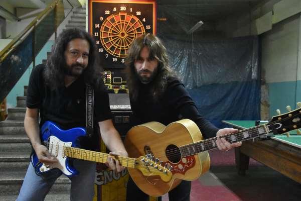 THE SKELTERS: Σάββατο 2 Δεκεμβρίου unplugged στην Καστοριά