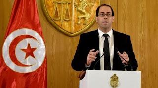 """رئيس الحكومة التونسية """"الشاهد """" يتخلى عن جنسيته الفرنسية"""
