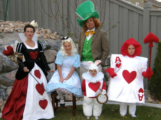 Cute Halloween Costume Ideas For Family Of 4.One Fabulous Mom Family Halloween Costume Ideas