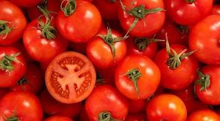 تفسير رؤية الطماطم (البندورة) في المنام بالتفصيل