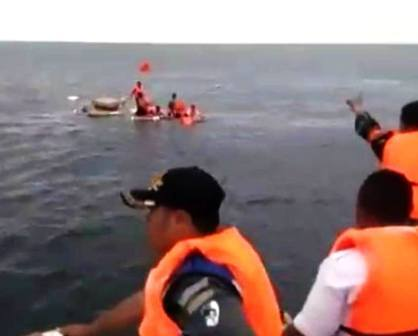 UPP Bitung Ulu Siau Selamatkan ABK  KM  Three Angel, akibat Cuaca Buruk