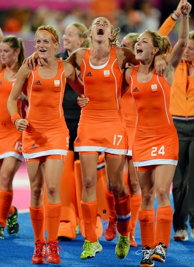 Carlien And Maartje Scored The Winning Goals For The Netherlands And Theyre Also The Dutch Teams Out Lesbian Couple Theyre What I Call A Big