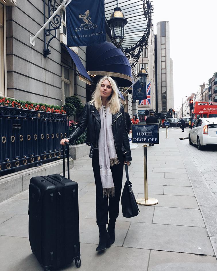 Tumi Alpha 2, how to pack a suitcase like a pro, Heleneisfor at the London Ritz