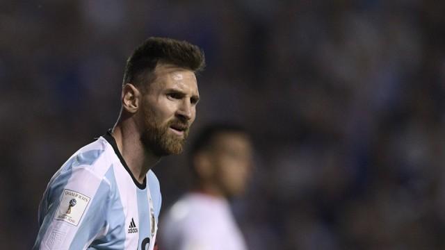 Lionel Messi Argentina vs Peru
