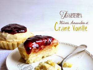 Tartelettes aux mûres, amandes et crème à la vanille