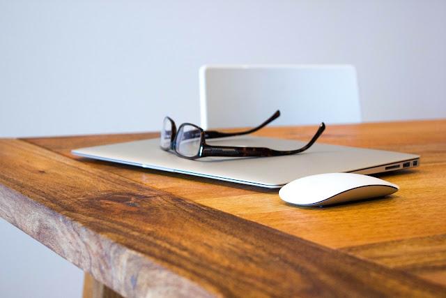 Augmented Reality Kacamata Pintar Buatan Apple Akan Berkerjasama Dengan Carl Zeiss