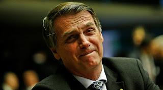 Bolsonaro apaga tuíte que dizia a 'era do indicado acabou' após indicar amigo