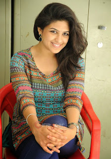 gorgeous girls pic, Beautiful Indian women pic, cute Indian women pic