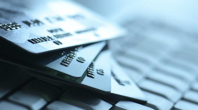 noticia la desaparición de las tarjetas bancarias tradicionales y llaves mecánicas
