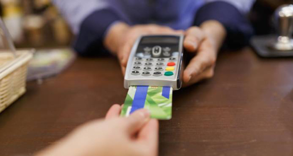 Deudas con tarjetas de crédito crecen en RD