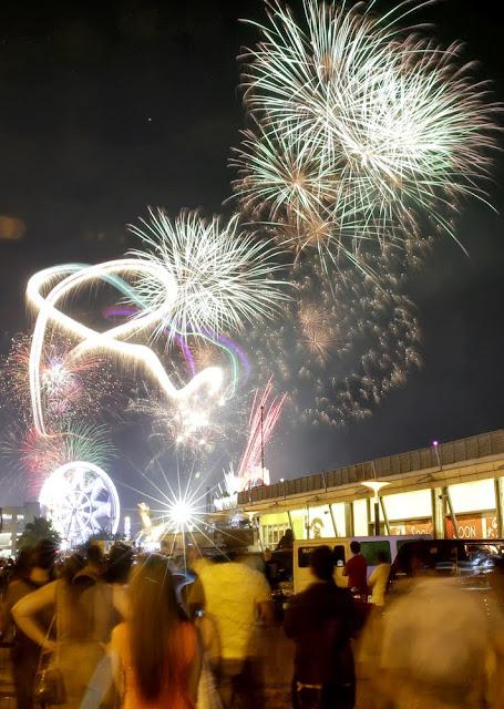 2014 new year celebration beautiful design of crackers fireworks