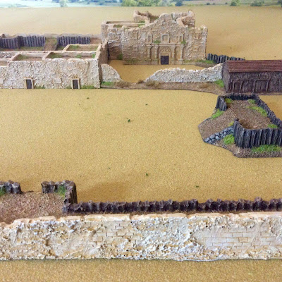 Old Glory Alamo model including figures for both sides picture 4