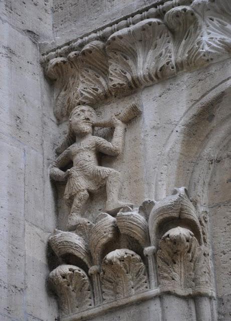 Romańska lolegiata w Königslutter - fryz ze sceną polowania tzw. Jagdfries