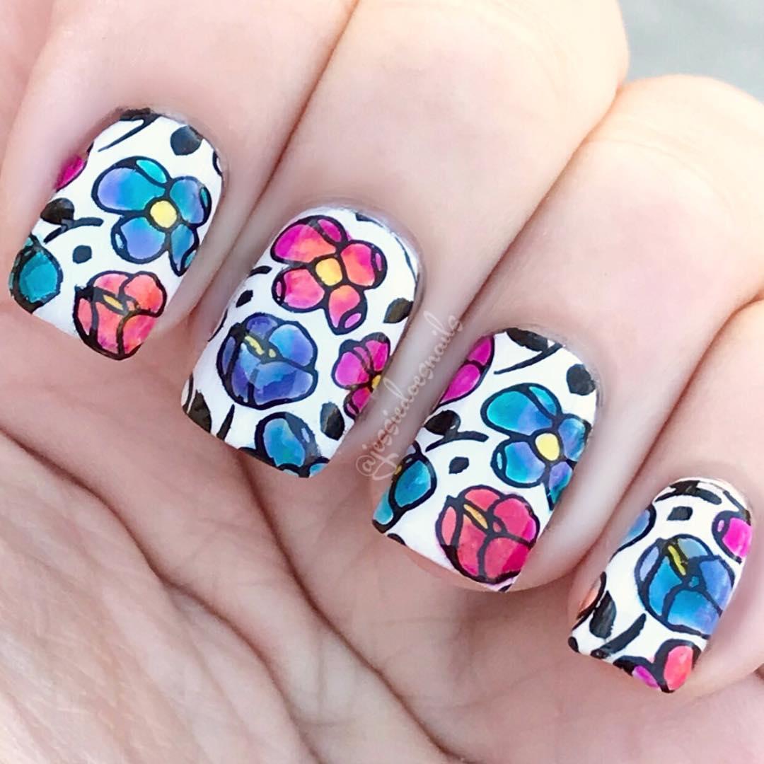 nail-art-floreale