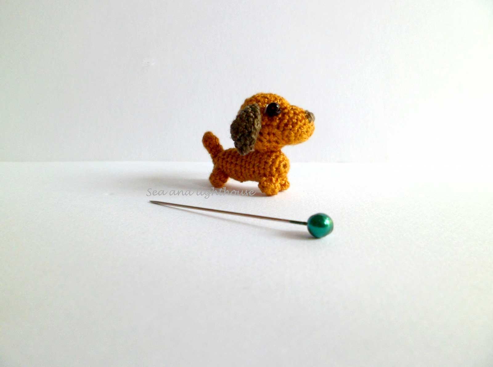 Crochet... Amigurumi : Mini Sausage Dog | 1192x1600