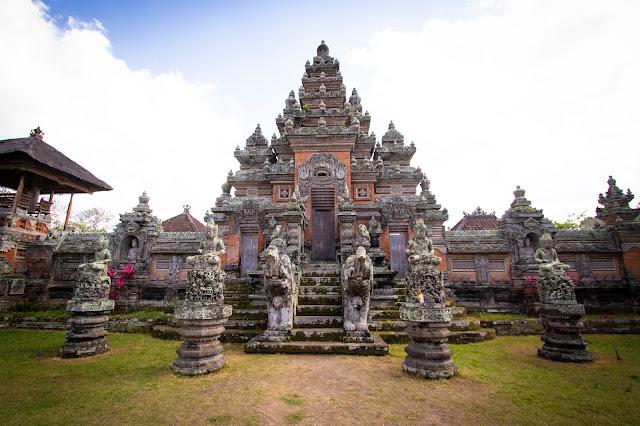 Batuan temple-Bali