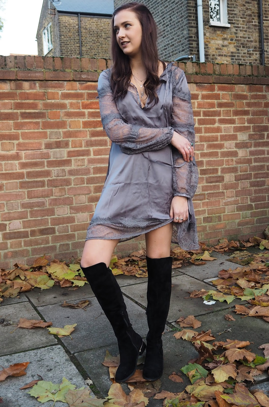 The Silk Number // Boohoo Dress Of The Month - November // Lauren Rose Bell // London Fashion, Style & Lifestyle Blogger // AW16 TREND
