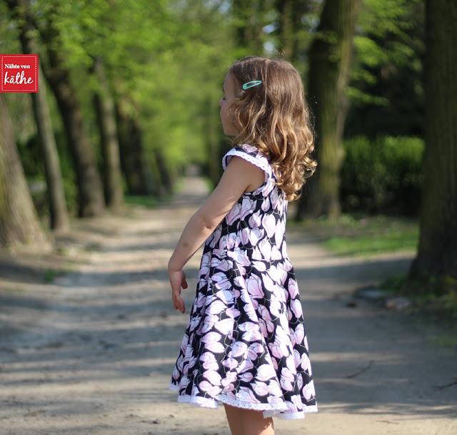 Janie Dress von Mouse House Creation, auf deutsch bei Näh-Connection, Magnolia (tropical) von Astrokatze