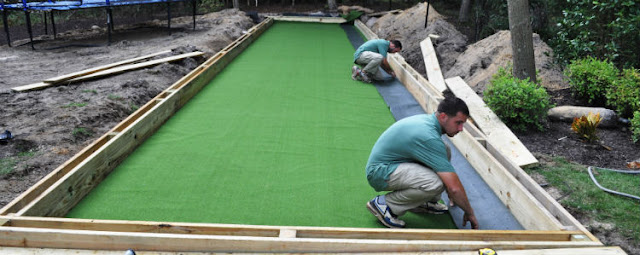 Find and Hire Artificial Grass Suppliers to Install Hassle Free Landscaping Solution