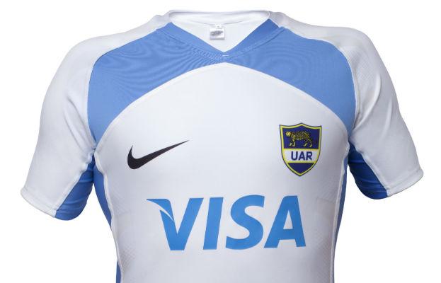 En línea con el lanzamiento de camisetas de las selecciones mundiales e68448541df