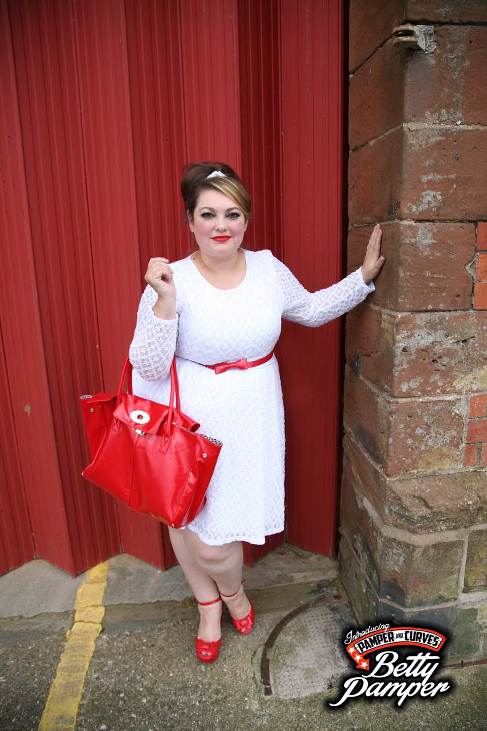 ed75cfa1a34ca Plus Size White lace Skater Dress by Topsy Curvy-A review