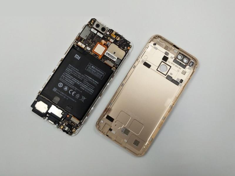 Cara Membuka Casing Belakang Dan Mengganti Baterai Xiaomi Mi A1