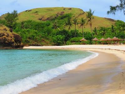 Wisata Pulau Mandalika Jepara