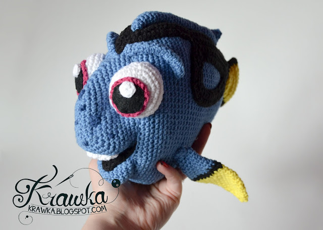 Dory fish - Finding Nemo / Dory animated movie crochet pattern by Krawka