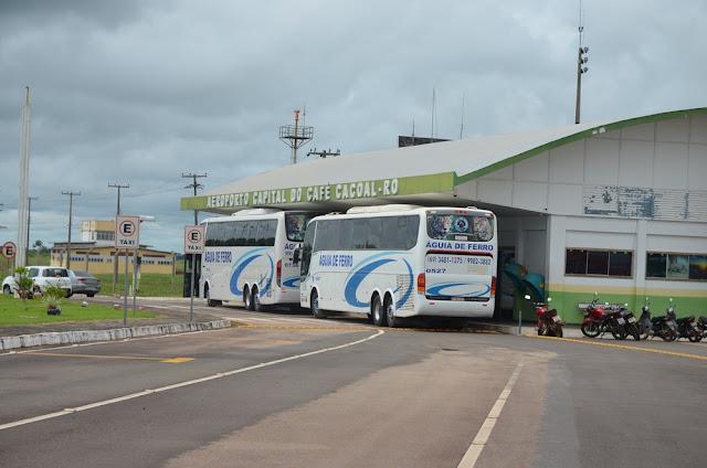 Buraco no pátio do aeroporto é tapado, mas voos da Azul continuam sendo transferidos em Cacoal