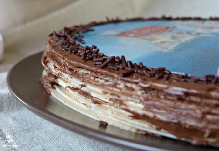 tarta de obleas con Nutella. Tarta huesitos