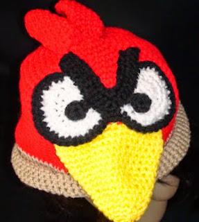 http://translate.google.es/translate?hl=es&sl=en&tl=es&u=http%3A%2F%2Fwww.crochetgeek.com%2F2011%2F09%2Fcrochet-angry-bird-hat.html%3Fm%3D1