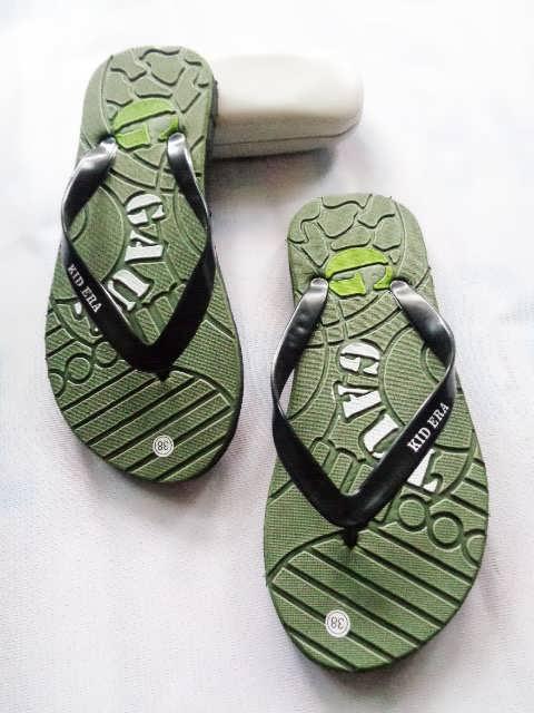 Pusat Sandal Distro Kualitas Super Terlengkap | 082317553851