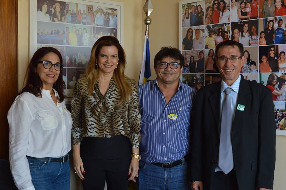 Prefeito eleito de Batalha participa de seminário nacional em Brasília