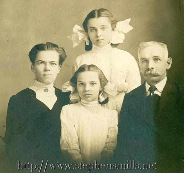 Left - Mary Estella Herrick Harwood - Back Stella Mae Harwood