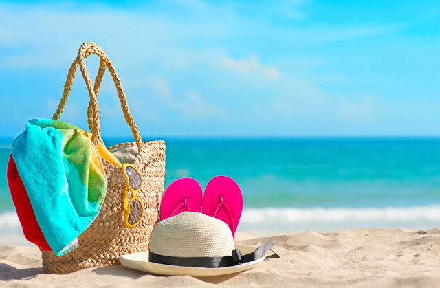 handbag for beach essential