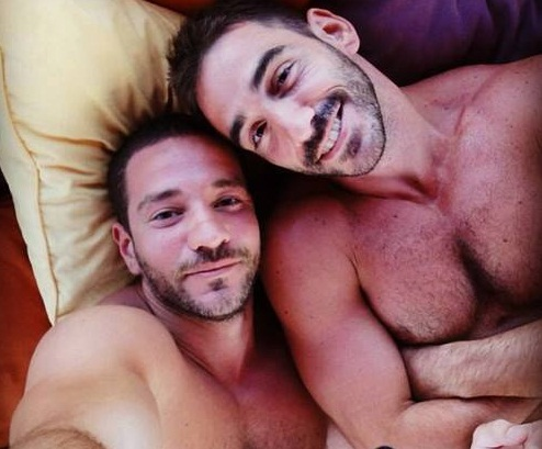"morland single gay men 10 red flags for gay men on a first date what follows is a list of 10 ""red flags"" for gay men on a first date that should be thought of as potential warning signs that the guy may not be a good fit for you."