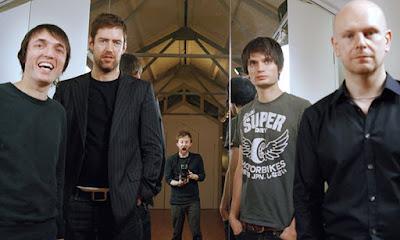 Biografi Radiohead  Radiohead adalah grup band rock asal Inggris. Radiohead dibentuk di kota Abingdon, Oxfordshire pada tahun 1985. Mereka terdiri dari Thom Yorke sebagai vokalis utama, Jonny Greenwood dan Ed O'Brien sebagai gitaris utama, Colin Greenwood sebagai bassis serta Phil Selway sebagai drummer. Gaya dan genre musik Radiohead adalah alternative rock, experimental rock dan juga electronic. Secara umum, Radiohead telah merilis 8 album studio dan sukses menjual lebih dari 30 juta keping album di seluruh dunia. OK Computer menjadi album tersukses dan terpopuler Radiohead dan menjadi salah satu album paling berpengaruh sepanjang masa. Radiohead juga masuk dalam jajaran band terbaik di era 90-an dan 2000-an. Berikut Museum Musik hadirkan sejarah dan profil lengkap Radiohead.    Radiohead merilis single debutnya, Creep di tahun 1992. Meski awalnya lagu tersebut tidak laku di pasaran, namun akhirnya lagu Creep menjadi populer setelah perilisan album debut Pablo Honey setahun setelahnya. The Bends, merupakan album kedua Radiohead yang dirilis tahun 1994. Album ini sukses menaikkan popularitas Radiohead di kalangan pecinta musik di Britania Raya.   Namun adalah album ketiga Radiohead, OK Computer yang menjadi titik balik kesuksesan Radiohead. OK Computer dirilis tahun 1997 dengan suara yang lebih ekspansif