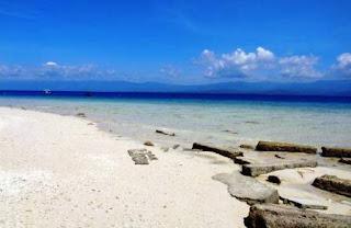 Tanjung Karang: Desa Wisata dengan Pemandangan Bawah Laut yang Mempesona